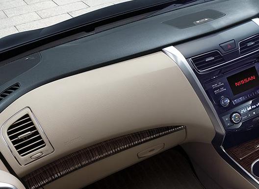 Cara Menghitamkan Dashboard Mobil
